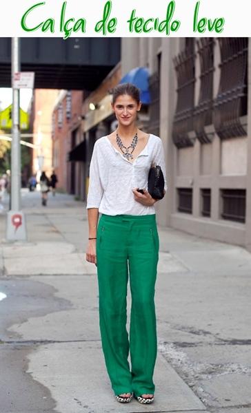 calça tecido leve colorido confortavel Modelos de calça feminina de tecido leve e confortável