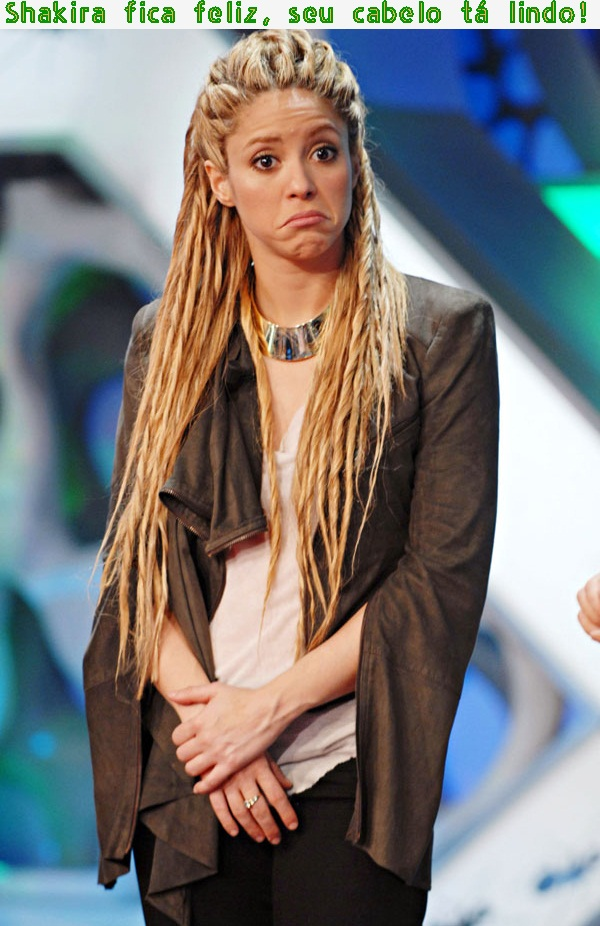 Shakira e os dreadlocks na cabeleira