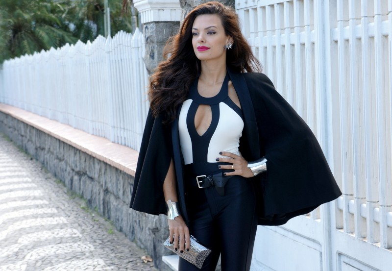 Branco e preto continua a brilhar na moda verão 2016