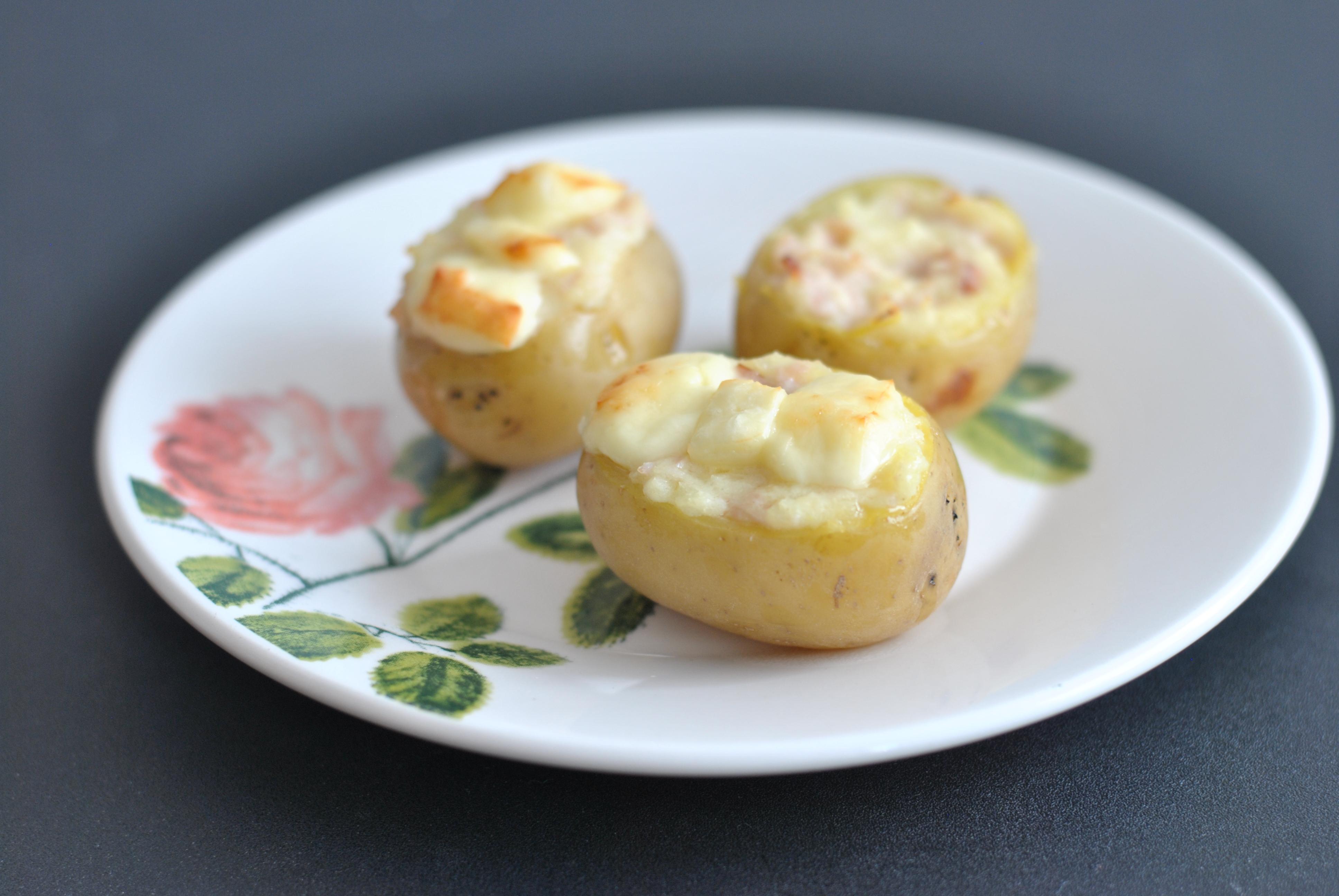 Batatas pequenas recheadas