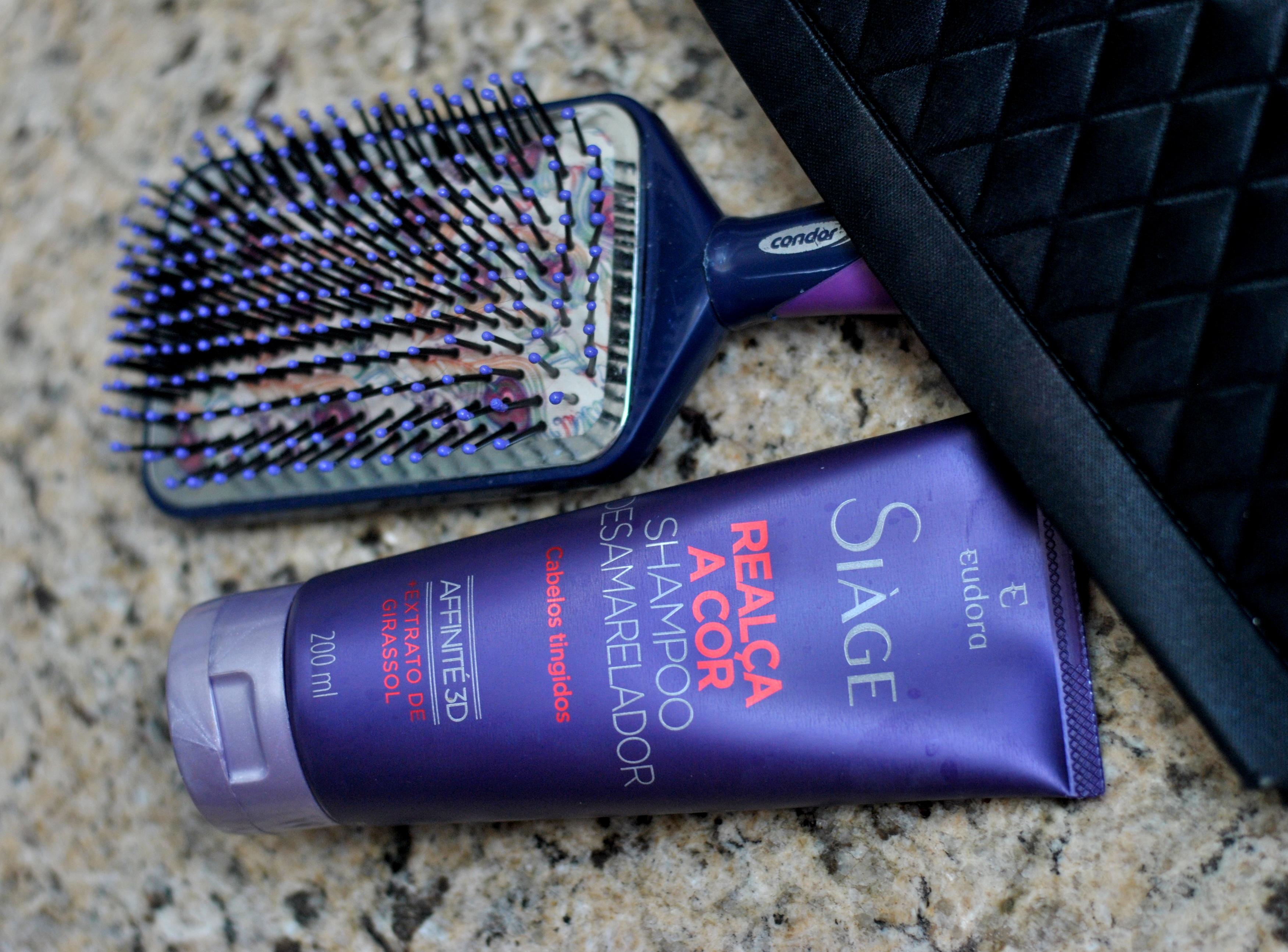 Shampoo roxo da Eudora para cabelo loiro